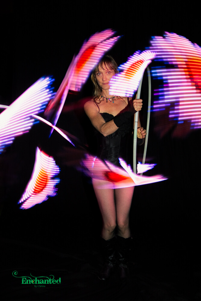 Impressive LED hula hoop with daisy pattern
