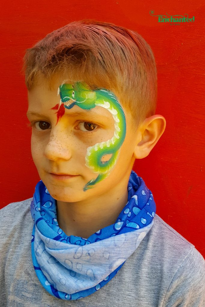 One of my favourite face paint designs for older boys is this Chinese dragon design